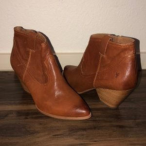 Frye Women's Ankle Boots 9